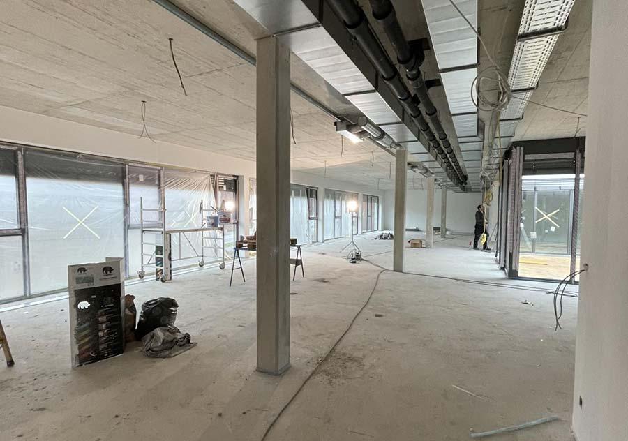 Neubau der multi-media systeme AG Innenausbau Gang