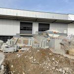 Neubau multi-media systeme Außenanlage Hof